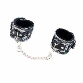 Кружевные наручники Marcus